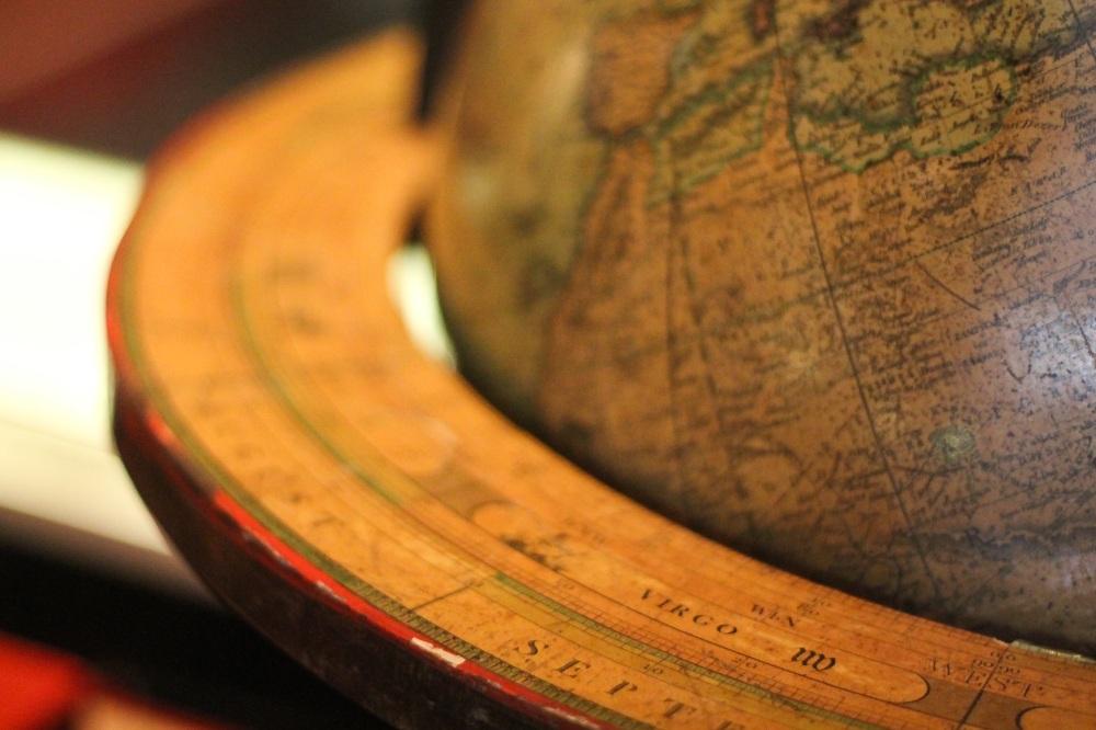 globe-691770