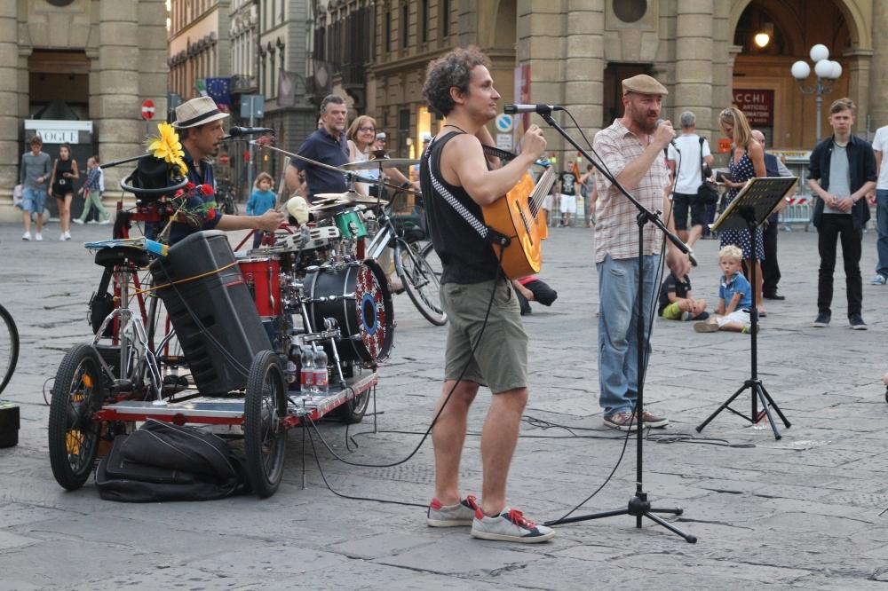 Músicos callejeros, Florencia | María Antonieta García R.